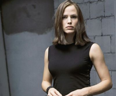 jennifer-garner-as-sydney-bristow-in-alias.jpg