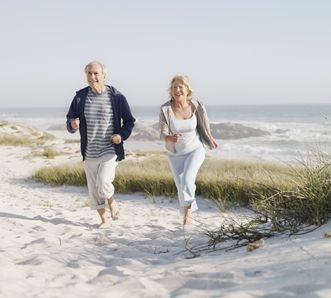 old-couple-jogging-at-seaside.JPG