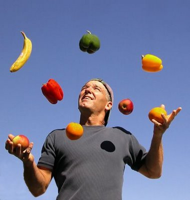 play-with-fruits.jpg
