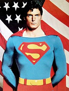 superman-with-america-flag.jpg