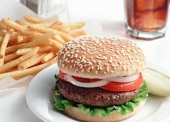 fast-food-burger-high-calories.jpg