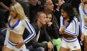 david-beckham-look-at-babes-victoria-basketball-match-3.jpg