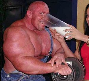 hardcore-bodybuilder-drinking-milk.jpg