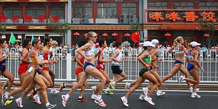 women-marathon-in-beijing-olympic-games.jpg