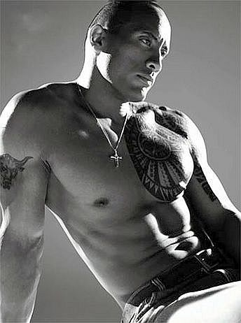 Dwayne-Johnson-The-Rock-Shirtless-Black-White-Pose.jpg