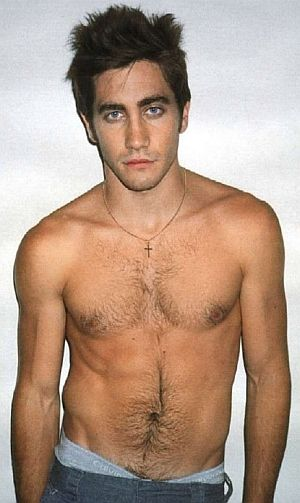 Young-Shirtless-Jake-Gyllenhaal.jpg